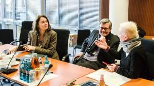 Generalsekretärin Katarina Barley, Bundesschatzmeiste Dietmar Nietan und Geschäftsführerin Angela Marquardt (v.l.n.r.)